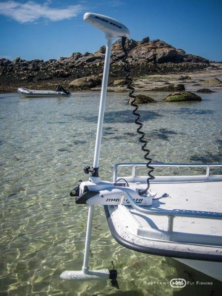 Bateau Special Pêche du Bar à la Mouche en Bretagne