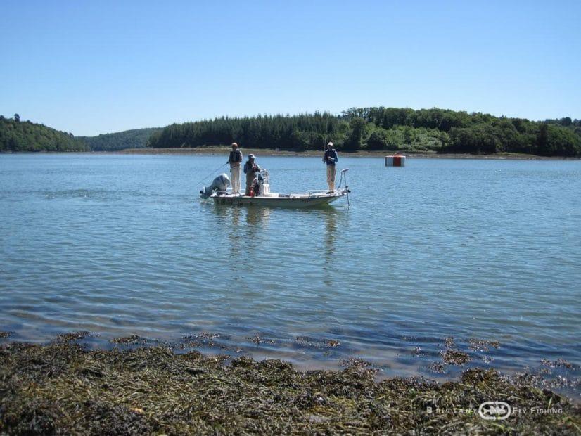Bateau Special pêche à la Mouche en mer