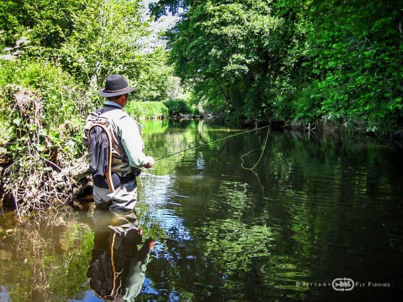 Pêche à la mouche sur la rivière Hyeres
