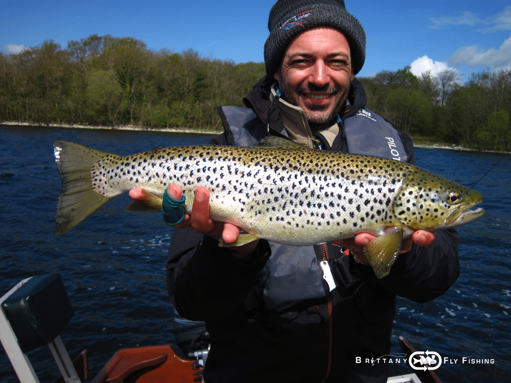 20-lough-sheelin-fly-fishing