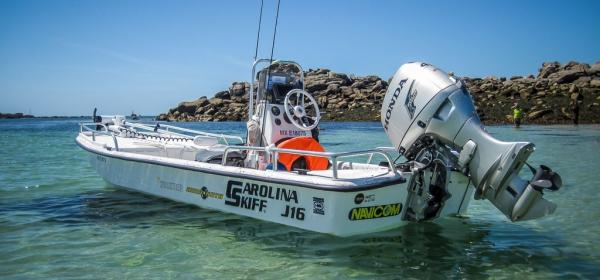 Bateau Special Pêche du Bar à la Mouche   Brittany Fly Fishing