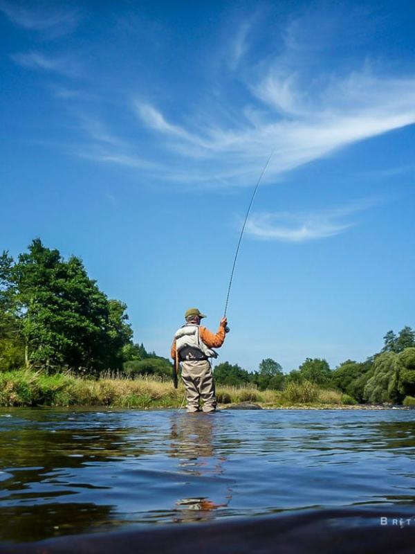 Pêche à la mouche sur l'Aulne Rivière   Brittany Fly Fishing